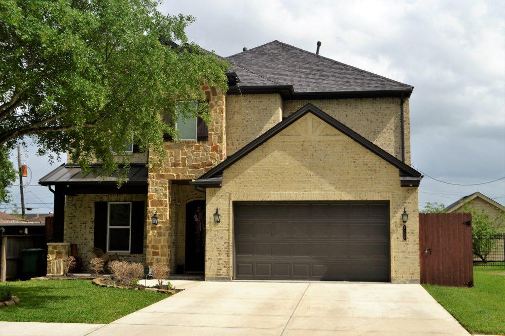 Beautiful House with Garage Doors - Ideal Garage Doors